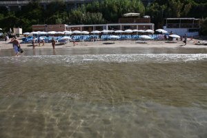 sanary-plage-doree-var